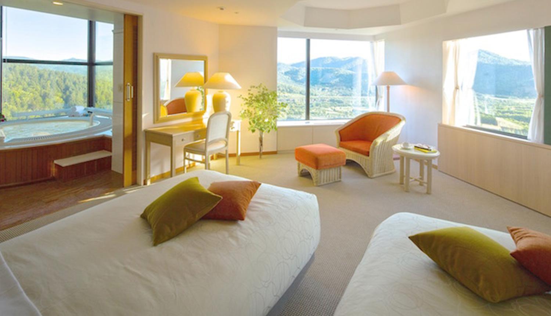 この時期ならではの魅力4<br /> ゲストの滞在スタイルに合わせた宿泊施設とご優待 2